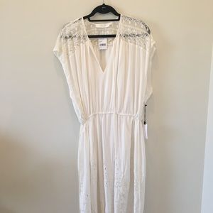 ASTR Caftan dress